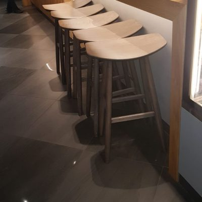 כסאות לבר ללא משענת